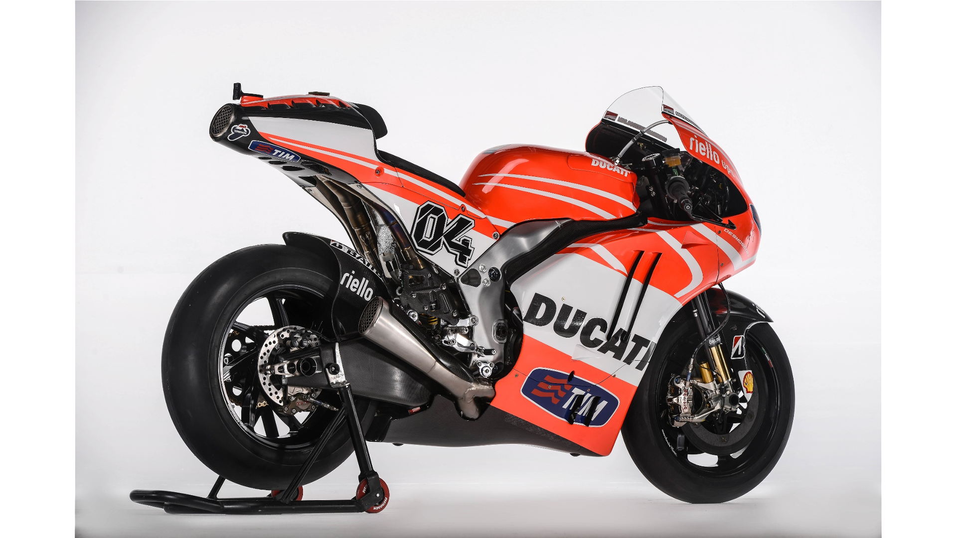 Ducati GP13 - Page 2 Resized_00036944.mediagallery_output_image_%5B1920x1080%5D-O