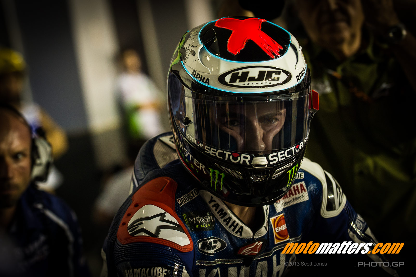 [GP] Qatar - Page 2 2013-MotoGP-01-Qatar-Thursday-0380-O