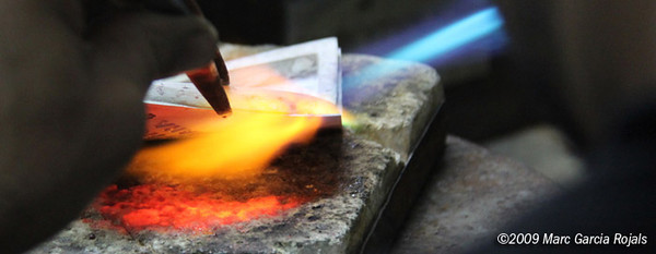 Making the MotoGP trophy - welding the plaque to the frame