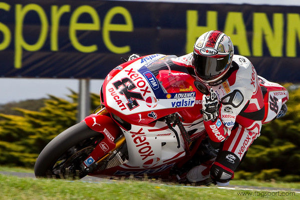 Michel Fabrizio, Xerox Ducati, at the 2010 final World Superbike test at Phillip Island